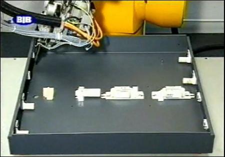 Наибольшее количество оригинальных деталей и узлов применяется в транспортных и контрольных устройствах, гидро- и электрооборудовании автоматических линий